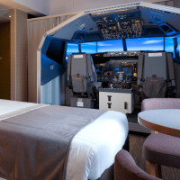 Ivan Stankevich: An air simulator in a Japanese hotel room at the airport