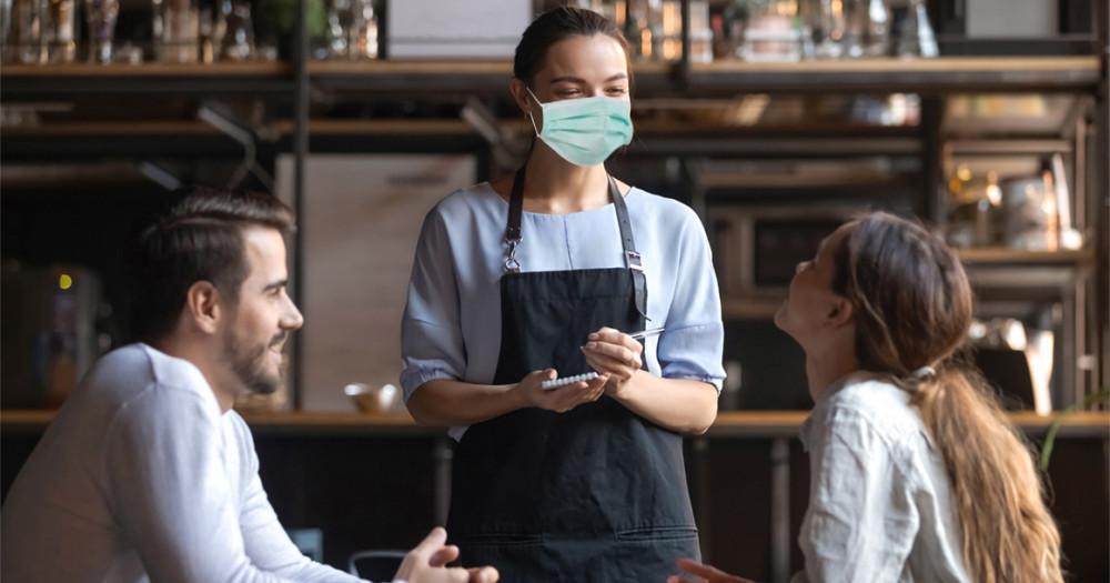 """Рестораны """"на карантине"""": как не спугнуть клиентов"""